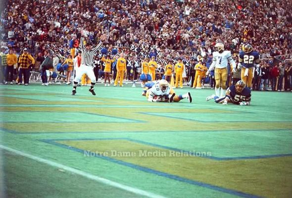 003: Running back Allen Pinkett seals the Irish victory with his second touchdown of the game