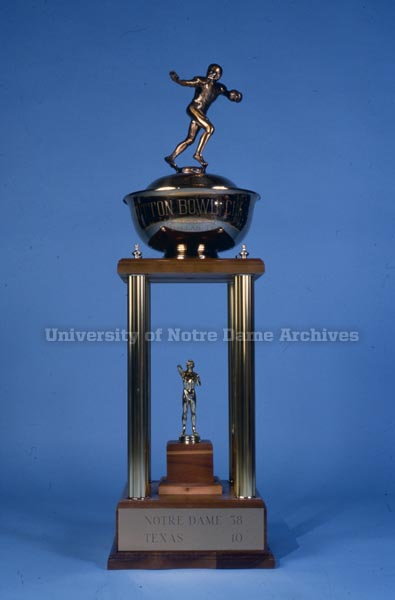 1978 Cotton Bowl trophy